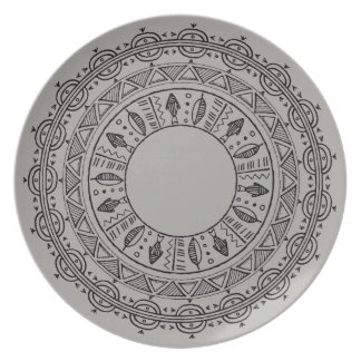 Beachy graue Mandala-Platte im Freien Teller