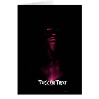 Beängstigender lila Gesichts-Schatten, Trick oder Karte