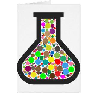 Becher mit Regenbogen-Chemikalien Karte