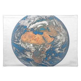 Bedecken Sie die Ansicht mit Erde, die auf die Tischset