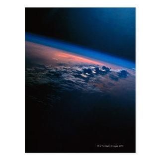 Bedecken Sie von Weltraum 2 mit Erde Postkarte