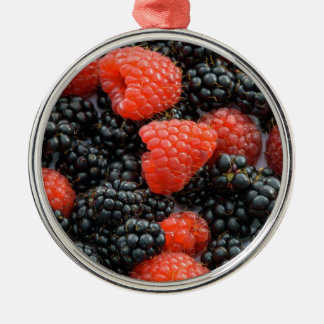 Beeren-nahes hohes silbernes ornament