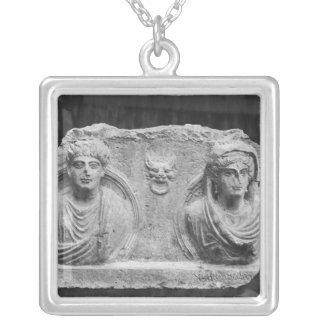 Begräbnisentlastung eines Paares, vom Palmyra, Versilberte Kette