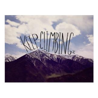 Behalten Sie das Klettern Postkarte