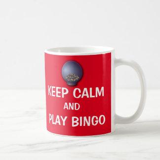 Behalten Sie die Ruhe und Spiel-Bingo-lustiges Tasse