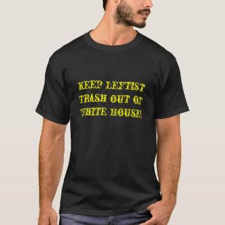 Behalten Sie linksgerichteten Abfall aus dem T-Shirt