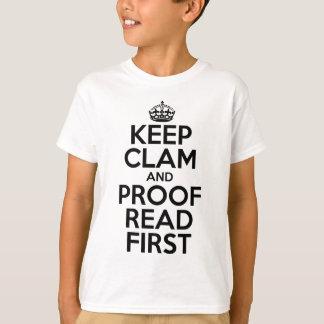 Behalten Sie Muschel und lesen Sie ersten Meme T - T-Shirt