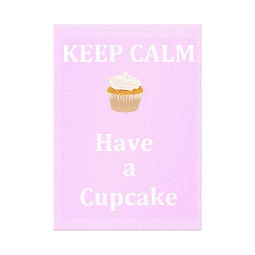 Behalten Sie Ruhe - einen kleinen Kuchen zu essen Gespannter Galeriedruck