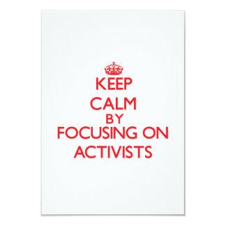 Behalten Sie Ruhe, indem Sie auf Aktivisten sich 8,9 X 12,7 Cm Einladungskarte