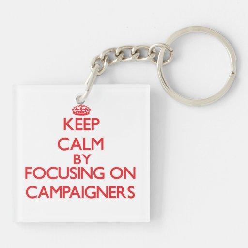 Behalten Sie Ruhe, indem Sie auf Aktivisten sich Schlüsselring