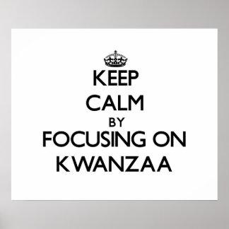 Behalten Sie Ruhe indem Sie auf Kwanzaa sich