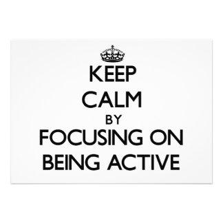Behalten Sie Ruhe indem Sie auf Sein aktiv sich