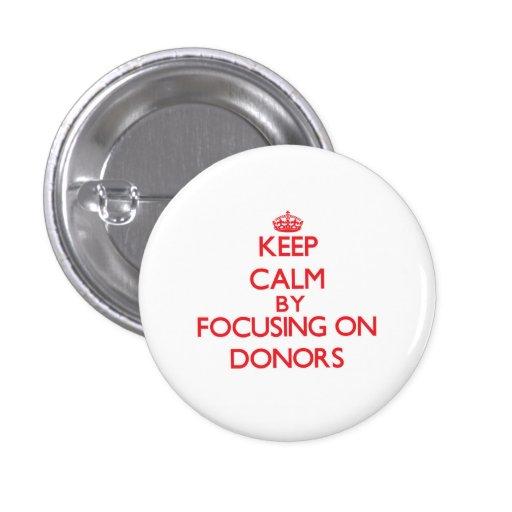 Behalten Sie Ruhe, indem Sie auf Spender sich Buttons
