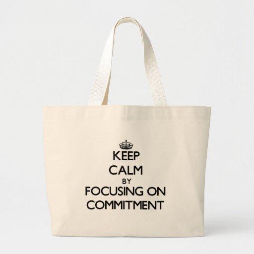 Behalten Sie Ruhe, indem Sie auf Verpflichtung Einkaufstasche