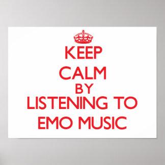 Behalten Sie Ruhe, indem Sie EMO MUSIK hören Posterdrucke