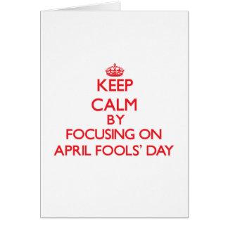 Behalten Sie Ruhe, indem Sie im April den Tag der Grußkarte