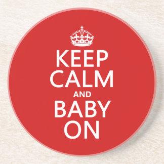 Behalten Sie Ruhe und Baby auf (in irgendeiner Sandstein Untersetzer