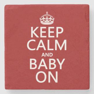 Behalten Sie Ruhe und Baby auf (in irgendeiner Steinuntersetzer