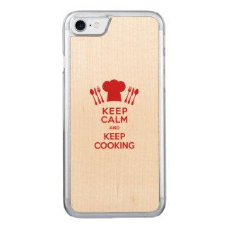 Behalten Sie Ruhe und behalten Sie das Kochen Carved iPhone 8/7 Hülle
