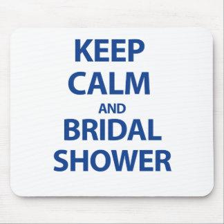 Behalten Sie Ruhe und Brautparty
