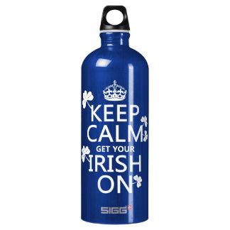 Behalten Sie Ruhe und erhalten Sie Ihre Iren auf Wasserflasche