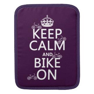 Behalten Sie Ruhe und Fahrrad auf (kundengerechte Sleeve Für iPads