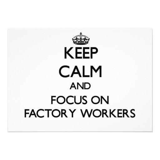 Behalten Sie Ruhe und Fokus auf Arbeitern Ankündigungskarte