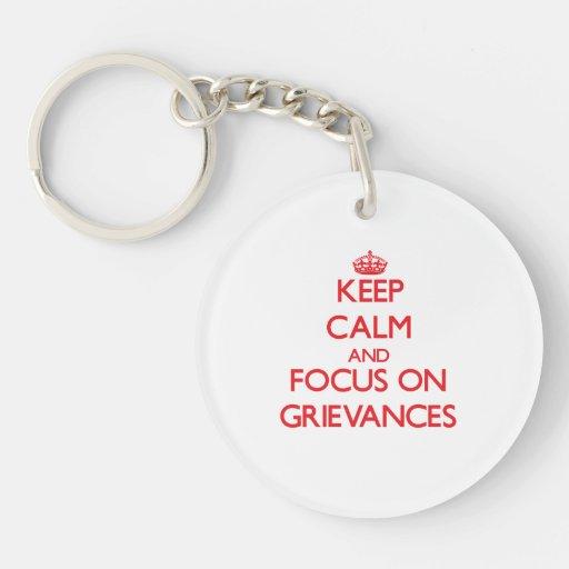 Behalten Sie Ruhe und Fokus auf Beschwerden Schlüssel Anhänger