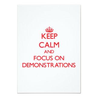 Behalten Sie Ruhe und Fokus auf Demonstrationen Individuelle Einladungskarten
