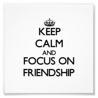 Behalten Sie Ruhe und Fokus auf Freundschaft