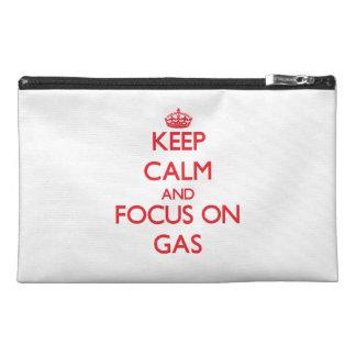 Behalten Sie Ruhe und Fokus auf Gas