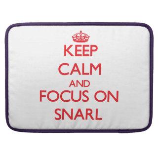 Behalten Sie Ruhe und Fokus auf Knäuel MacBook Pro Sleeves