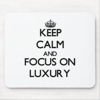 Behalten Sie Ruhe und Fokus auf Luxus Mousepads