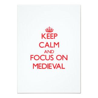 Behalten Sie Ruhe und Fokus auf mittelalterlichem Individuelle Einladungskarte