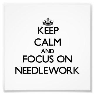 Behalten Sie Ruhe und Fokus auf Näharbeit Kunstfotos