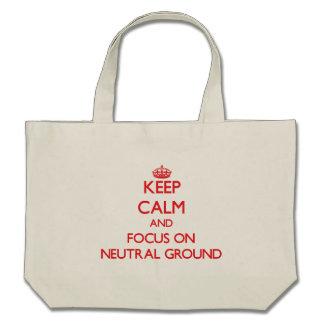 Behalten Sie Ruhe und Fokus auf neutralem Boden Einkaufstasche