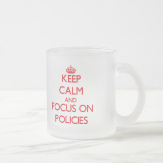 Behalten Sie Ruhe und Fokus auf Politik