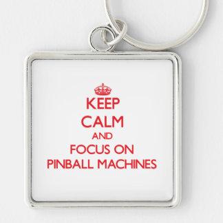 Behalten Sie Ruhe und Fokus auf Schlüsselanhänger