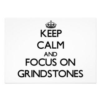 Behalten Sie Ruhe und Fokus auf Schleifsteinen