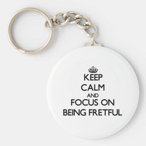 Behalten Sie Ruhe und Fokus auf Sein ärgerlich Schlüsselband