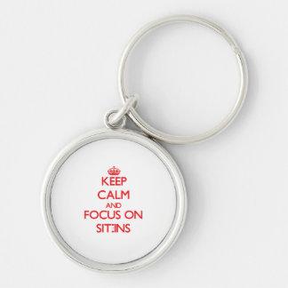 Behalten Sie Ruhe und Fokus auf Sitzen-Ins Schlüsselband