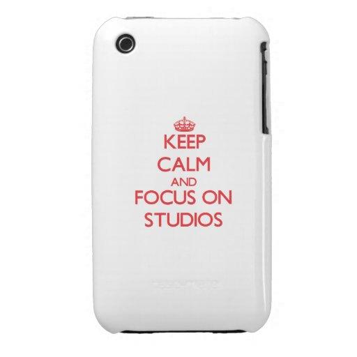 Behalten Sie Ruhe und Fokus auf Studios iPhone 3 Hülle