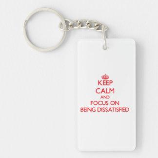 Behalten Sie Ruhe und Fokus auf unzufrieden Einseitiger Rechteckiger Acryl Schlüsselanhänger