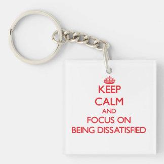 Behalten Sie Ruhe und Fokus auf unzufrieden Einseitiger Quadratischer Acryl Schlüsselanhänger