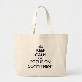 Behalten Sie Ruhe und Fokus auf Verpflichtung Leinentasche