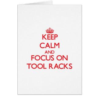 Behalten Sie Ruhe und Fokus auf Werkzeug-Gestellen Grußkarte
