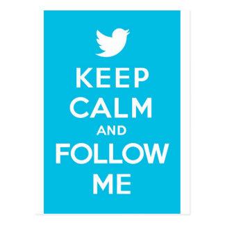 Behalten Sie Ruhe und Follow-me Twitter-Vogel wei Postkarte