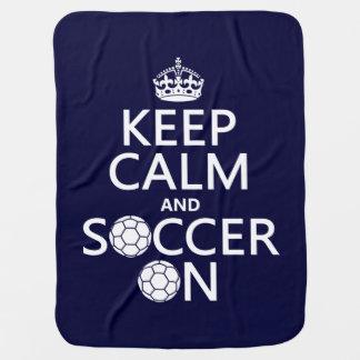 Behalten Sie Ruhe und Fußball an Babydecke