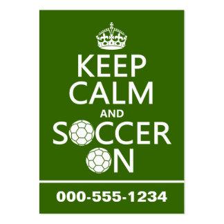 Behalten Sie Ruhe und Fußball an Visitenkarten