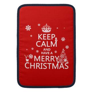 Behalten Sie Ruhe und haben Sie frohen Weihnachten MacBook Sleeve
